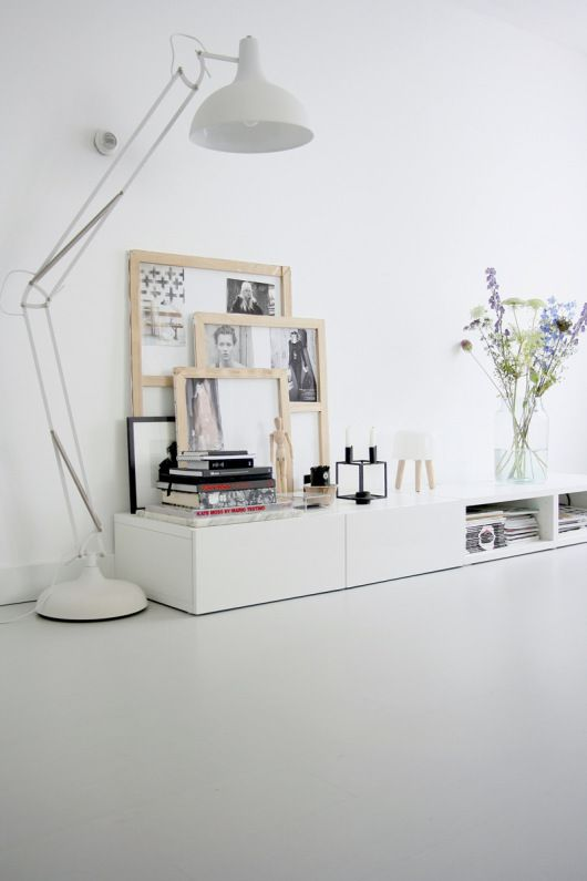 Grote staande lamp voor in slaapkamer hoek | decorating with frames ...