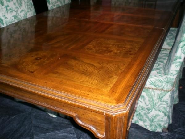 Marvelous Drexel Heritage Dining Table