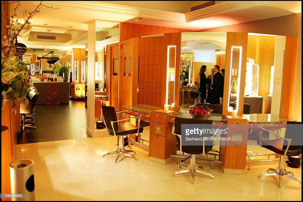 Salon Carita Avenue Montaigne Produits Cosmetiques Produits De Beaute L Oreal