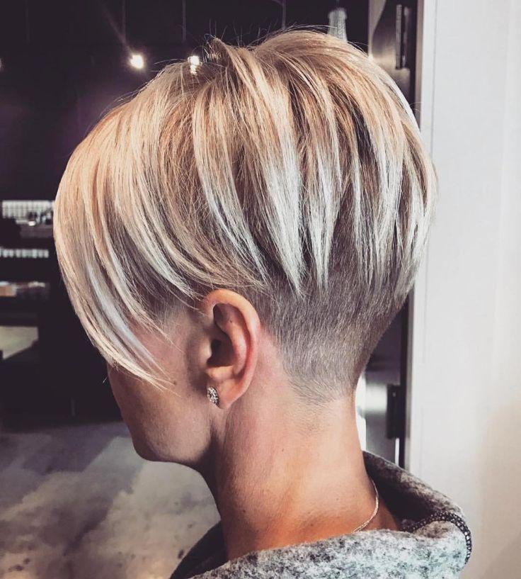 Undercut women short short hair pinterest cheveux courts coiffures et cheveux - Coupe undercut femme ...