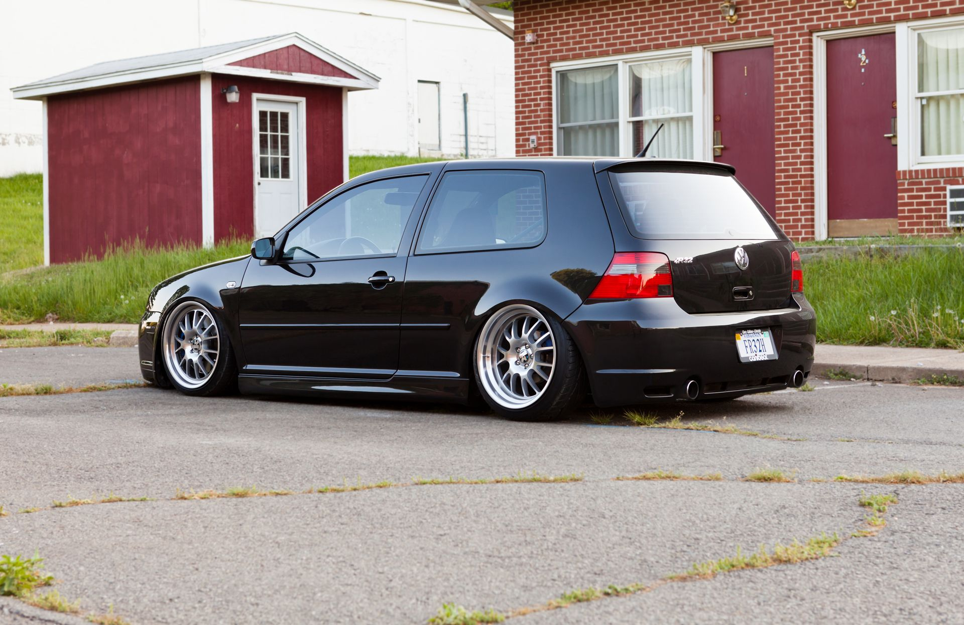 Vw Stance Brown S Car Automotive Group Modified Friday Vw Mk4 Volkswagen Vw Golf