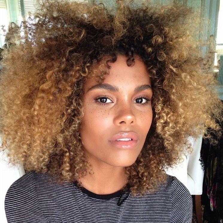 A Conversation With Tina Kunakey Curly Hair Styles Natural Hair Styles Curly Hair Styles Naturally