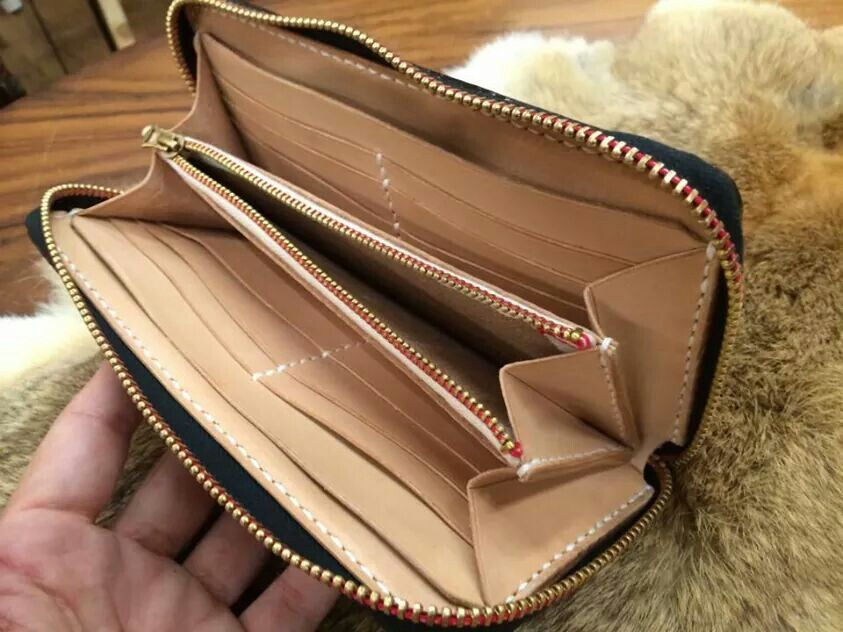 Leather leather zip around wallet wallet