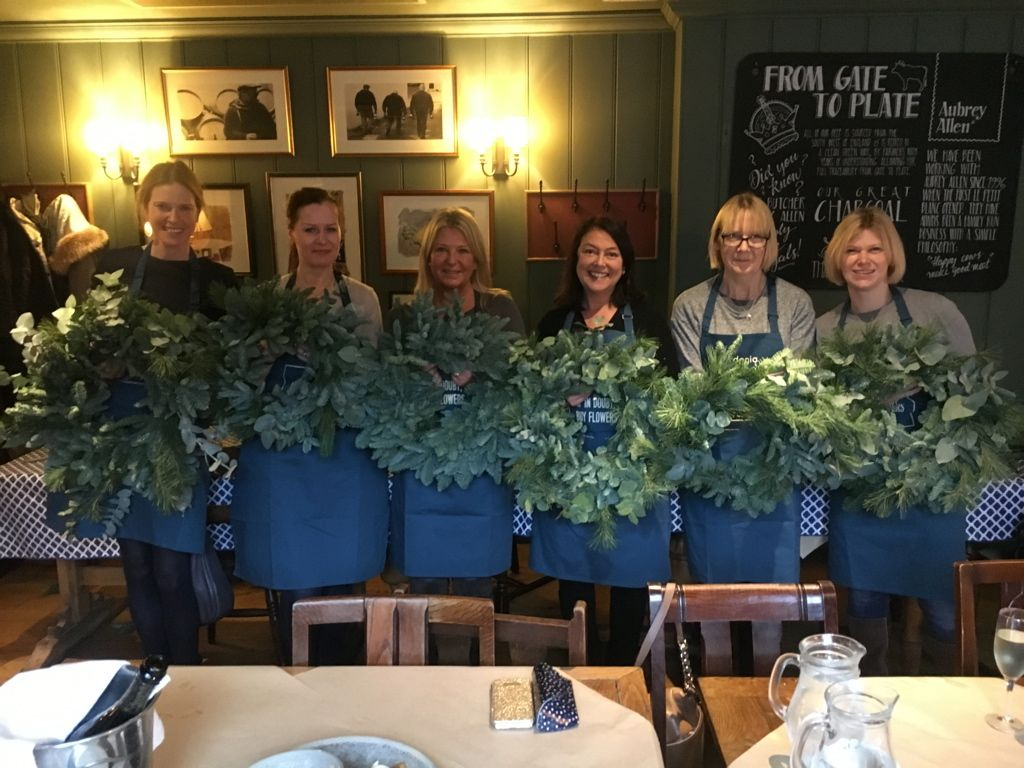 Christmas Wreath Workshops Before And After Flower School Christmas Wreaths Gardenia