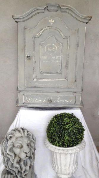 Antik Vintage Hängeschrank 1800 Eichenholz Grau Weiß Fassmalerei Schrank Shabbychic  Shabby Landhaus Barock