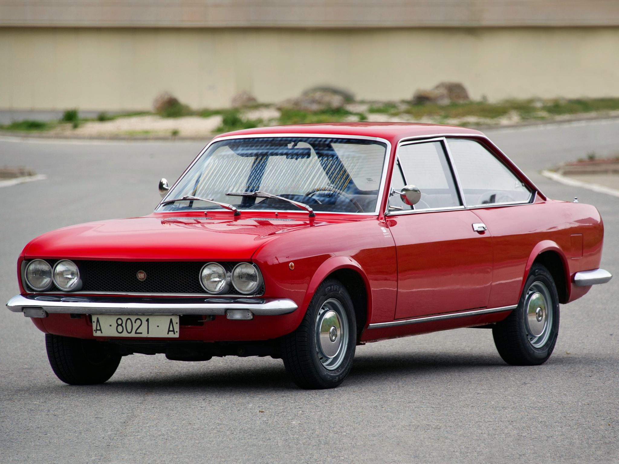 1970 73 Seat 124 Sport Coupe Con Imagenes Coches Clasicos