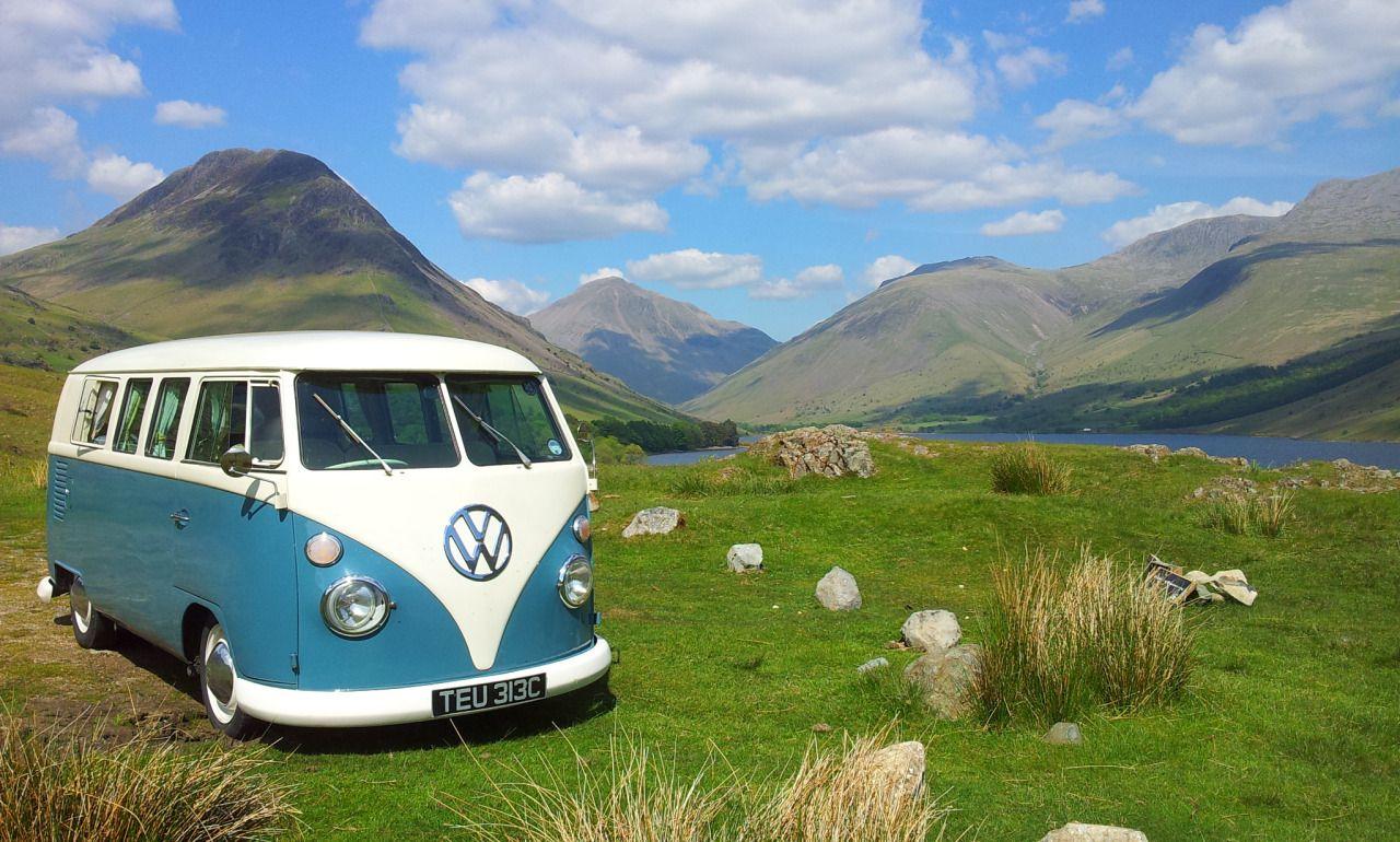 Volkswagen Combi On Meadow Wallpaper Wallpaper Vw Combis