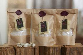 Wir stellen unsere Bonbons selber her, mit extra viel Fenchel  Übrigens : Die Guzzele sind zuckerfrei #kleinekräutergärten