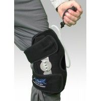 Unique therapeutic device combines the benefits of cold or hot therapy with compression and support * Latex free * Washable and reusable * Easily removable hook and loop gel pack for icing (in the freezer) or heat (in the microwave) treatment * All supports include removable gel pack compression pump and extender straps *