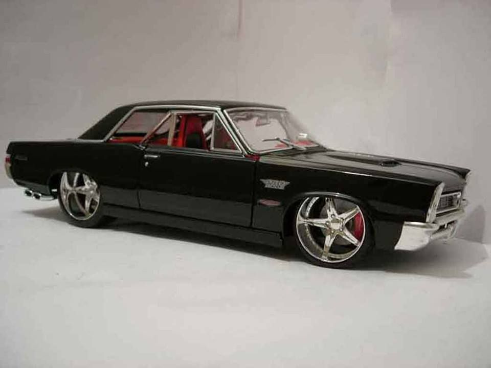 1965 Pontiac GTO Maintenance of old vehicles: the material for new cogs/casters/gears could be cast polyamide which I (Cast polyamide) can produce