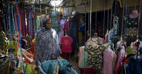 East Africa Doesn T Want Your Used Clothes Donate Clothes East African Community Used Clothing