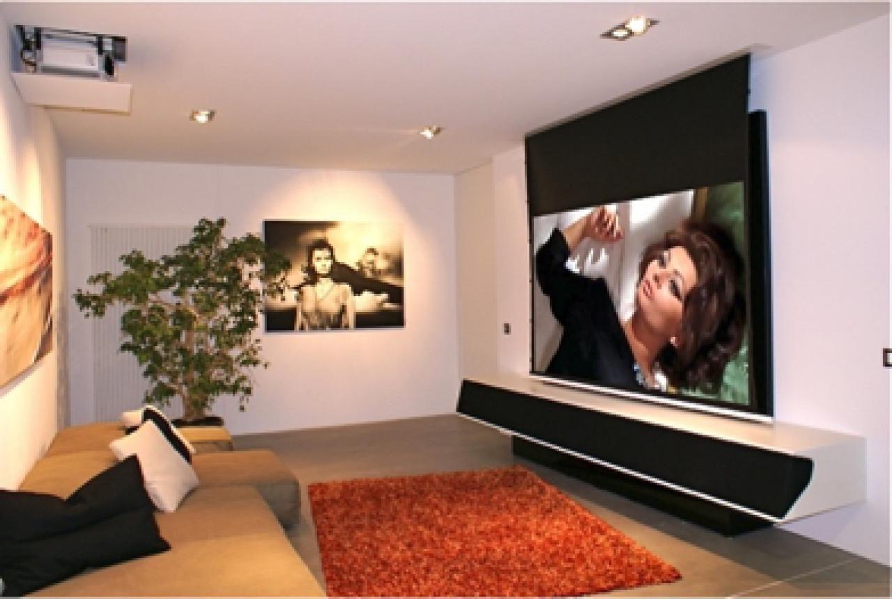 kleines wohnzimmer großer fernseher  Home theater room design