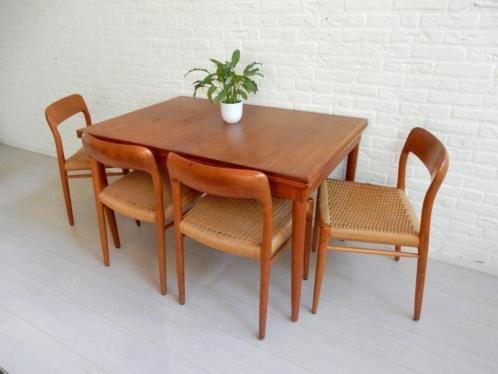 Otto eetkamerstoelen ~ Vintage stoelen en tafel van niels otto møller merk j l møller