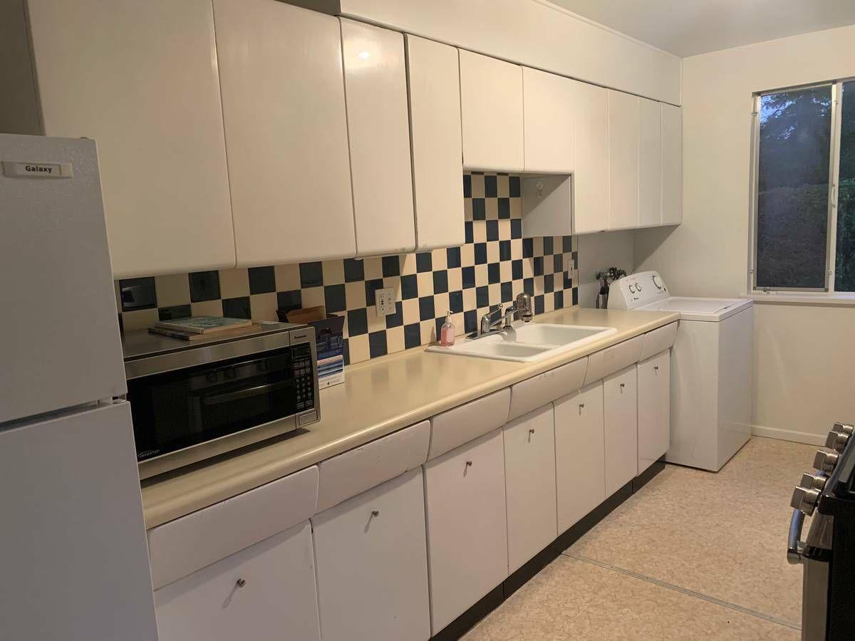 Best Vintage 1950S Metal Kitchen Cabinets In Good Condition 400 x 300