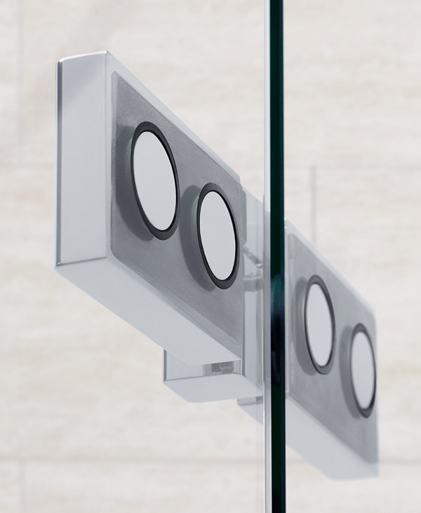 The stylish hinges of Dansani's AIR range are made from chromed brass and with counter-sunk bolts on the inside. Not just an elegant but a very cleaning-friendly solution.