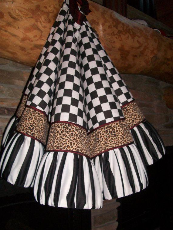 Stunning White and Black Christmas Tree Skirt 2013 Collection READY TO SHIP   Black christmas ...