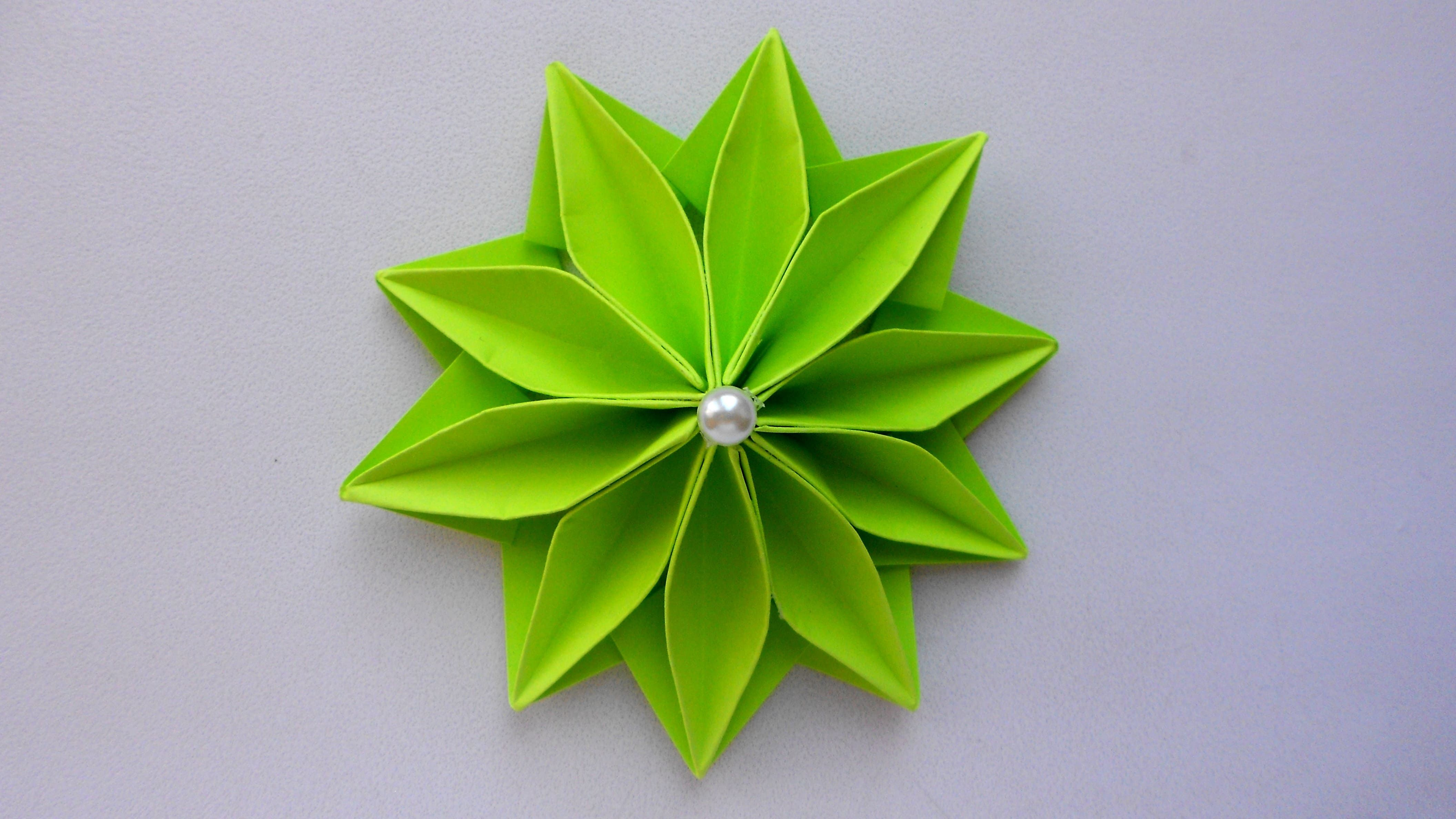 How to make an easy origami flower - YouTube | クローバー 折り紙 ... | 2376x4224