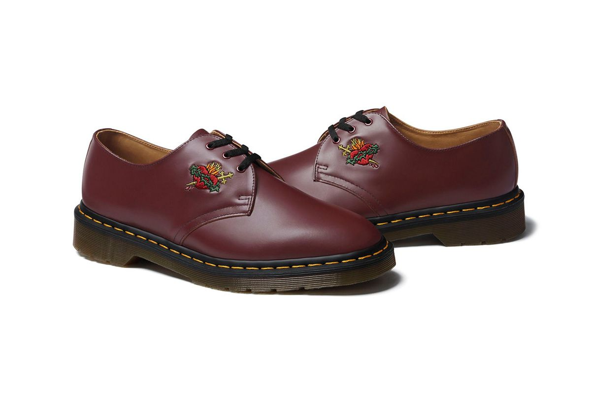 Supreme S New Dr Martens Collab Features Custom Embroidery Sepatu