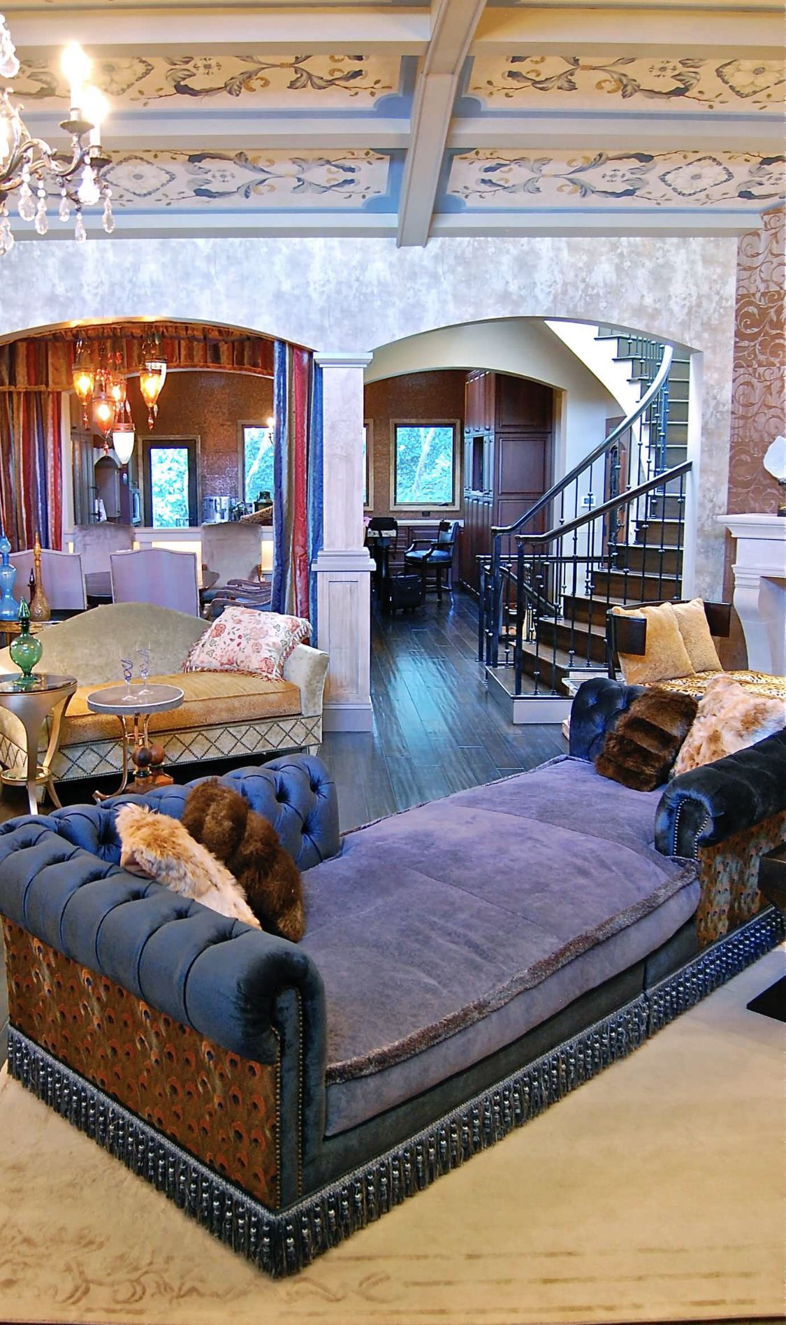 Art Deco Living Room Design Ideas: We Are Loving Thing Eclectic Colorful Living Room