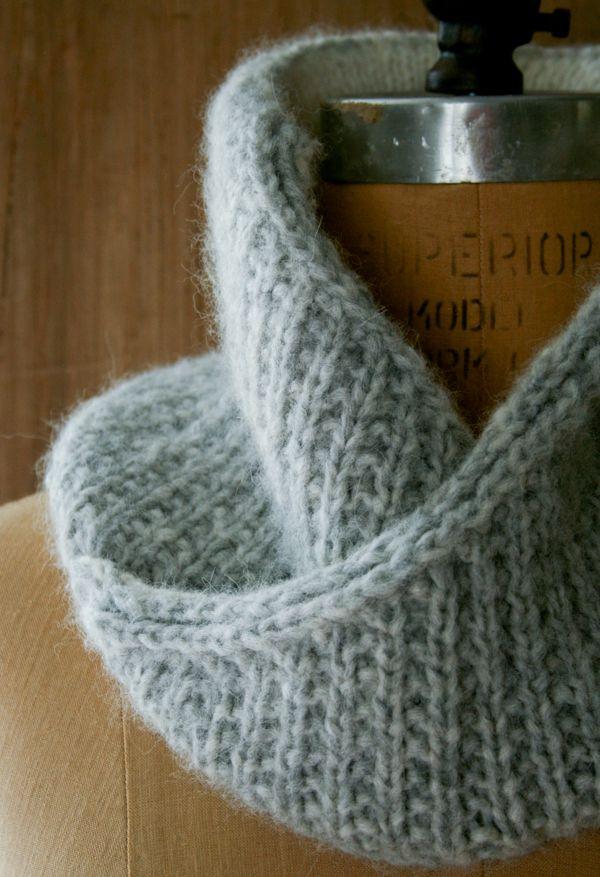 Laura\'s Loop: Shawl Collar Cowl - Knitting Crochet Sewing Crafts ...