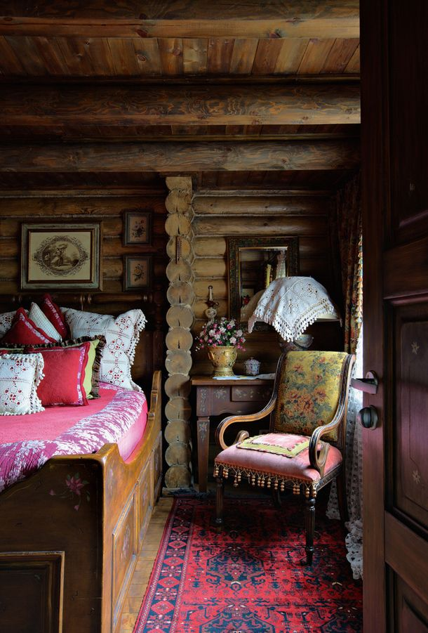 gem tlich interiors in russia pinterest rustikale schlafzimmer. Black Bedroom Furniture Sets. Home Design Ideas