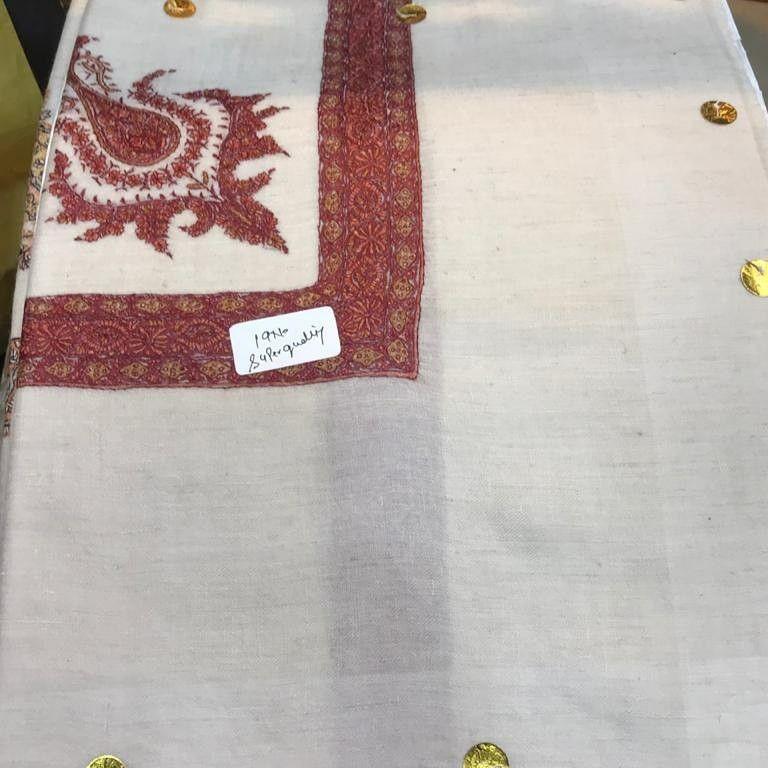 غتر شماغ شالات كشميري بشمينا ترمه كامل ترمة بشمينا شاتوش Tapestry Home Decor Decor