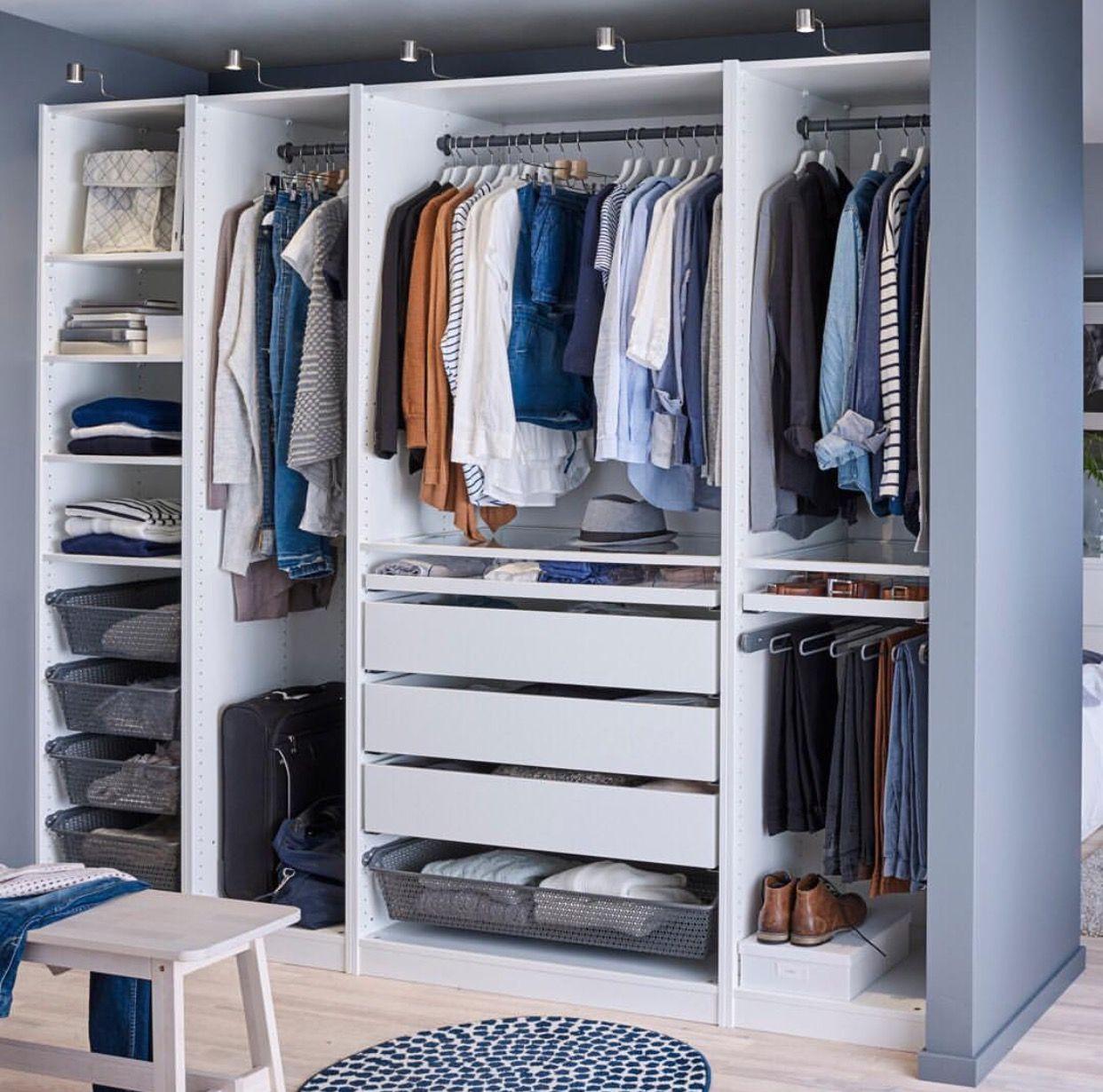 Hanging Space Different Lengths Drawers And Shelves Armario De Ropa Diseno De Closet Closet Para Dormitorio