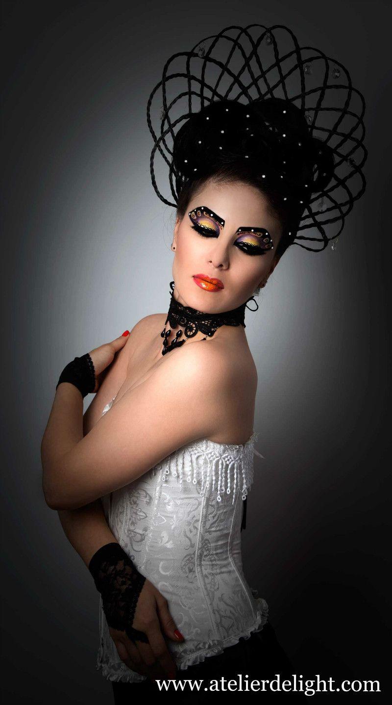 Avangard look Beauty studio, Makeup looks, Halloween