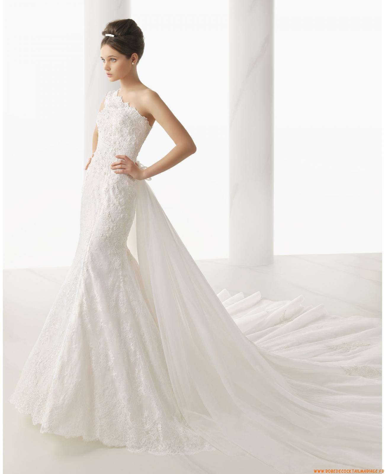 Robe de mariée sirène dentelle application avec traine amovible http://www.robedecocktailma ...