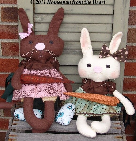 Bunny Buddies set with carrots and eggs Pattern. $5,50, via Etsy.