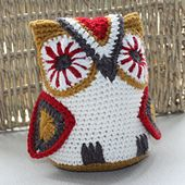 Ravelry: Riverhouse Amigurumi Owl pattern by Merrian Holland