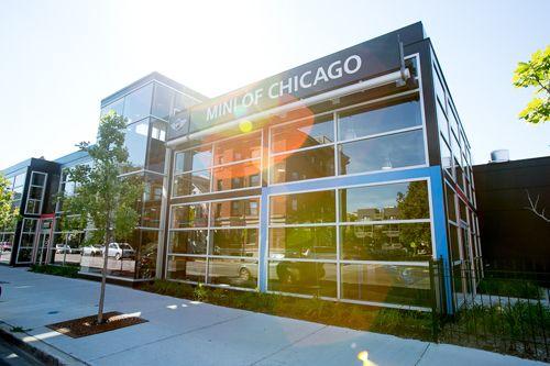 Mini Cooper Dealership In An Urban Setting Modern Design