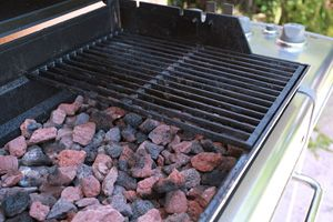 An Easy Hack To Make Your Gas Grill Burn Hotter Cheap