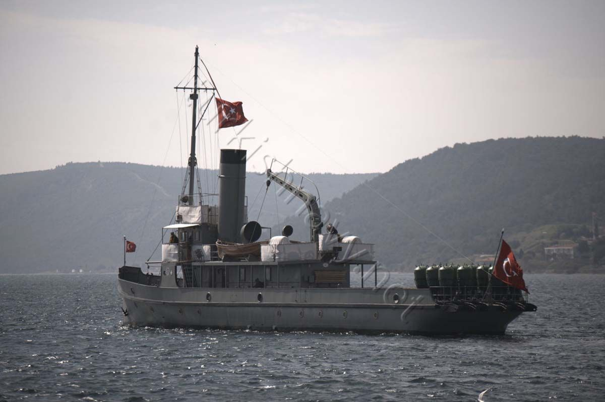 TCG Nusret, replica of Ottoman mine layer Nusret. She took part in the naval parade too. She is a commissioned ship in Turkish Navy.Like in previous years, on 18th March 2016, Turkish Navy organised a Naval Parade in Çanakkale Strait to commemorate Turkish Victory over the Allied Armada 101 years ago. 6 Navy and Coast Guard helicopters, 3 maritime patrol planes and 6 Army helicopters took part in a fly over. And Turkish Stars, aerobatics demonstration team of Turkish Air Force made a…