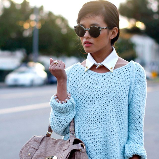 collar & sweater.