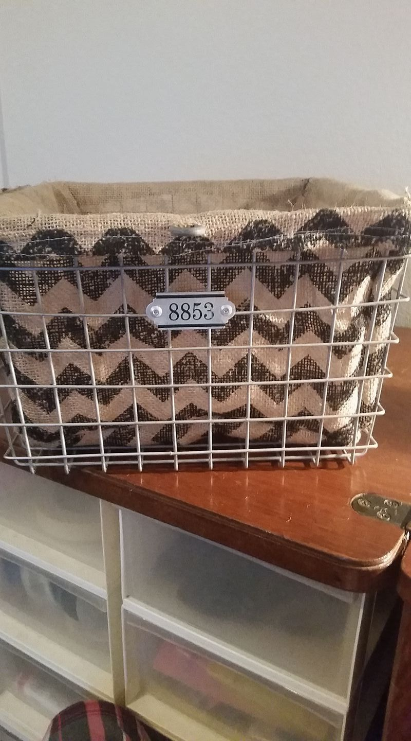 DIY Burlap Basket Liner I just used burlap from Michaels instead of cotton fabric.