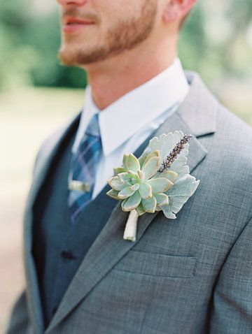Boutonniere by Gray Harper Event Maker // Photography by The Happy Bloom // Savannah, GA