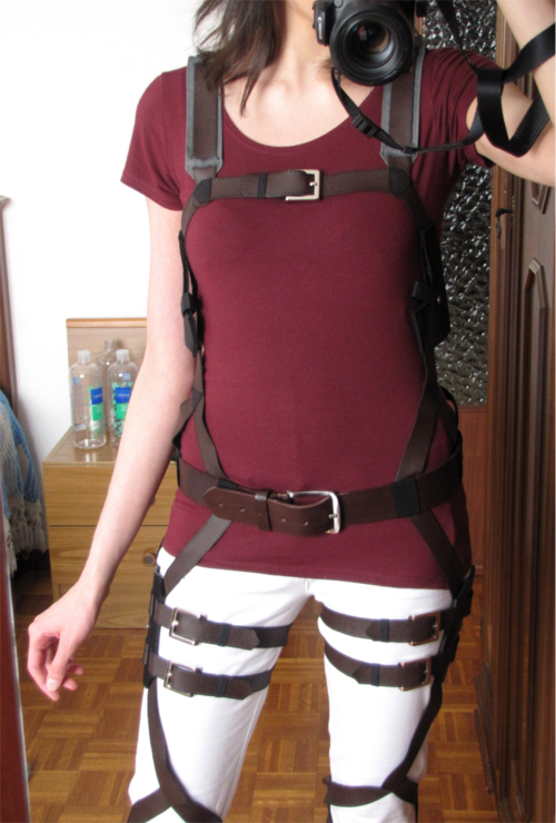 How to cosplay attack on titan