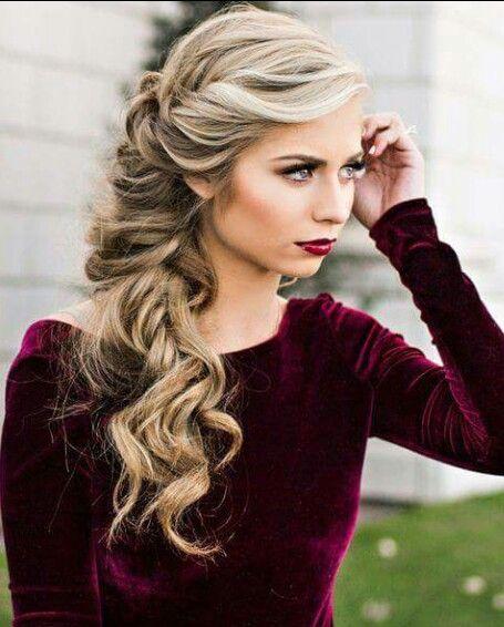 Peinados Semirecogidos De Lado Con Rulos Buscar Con Google Hair Styles Wedding Hair Down Long Hair Styles