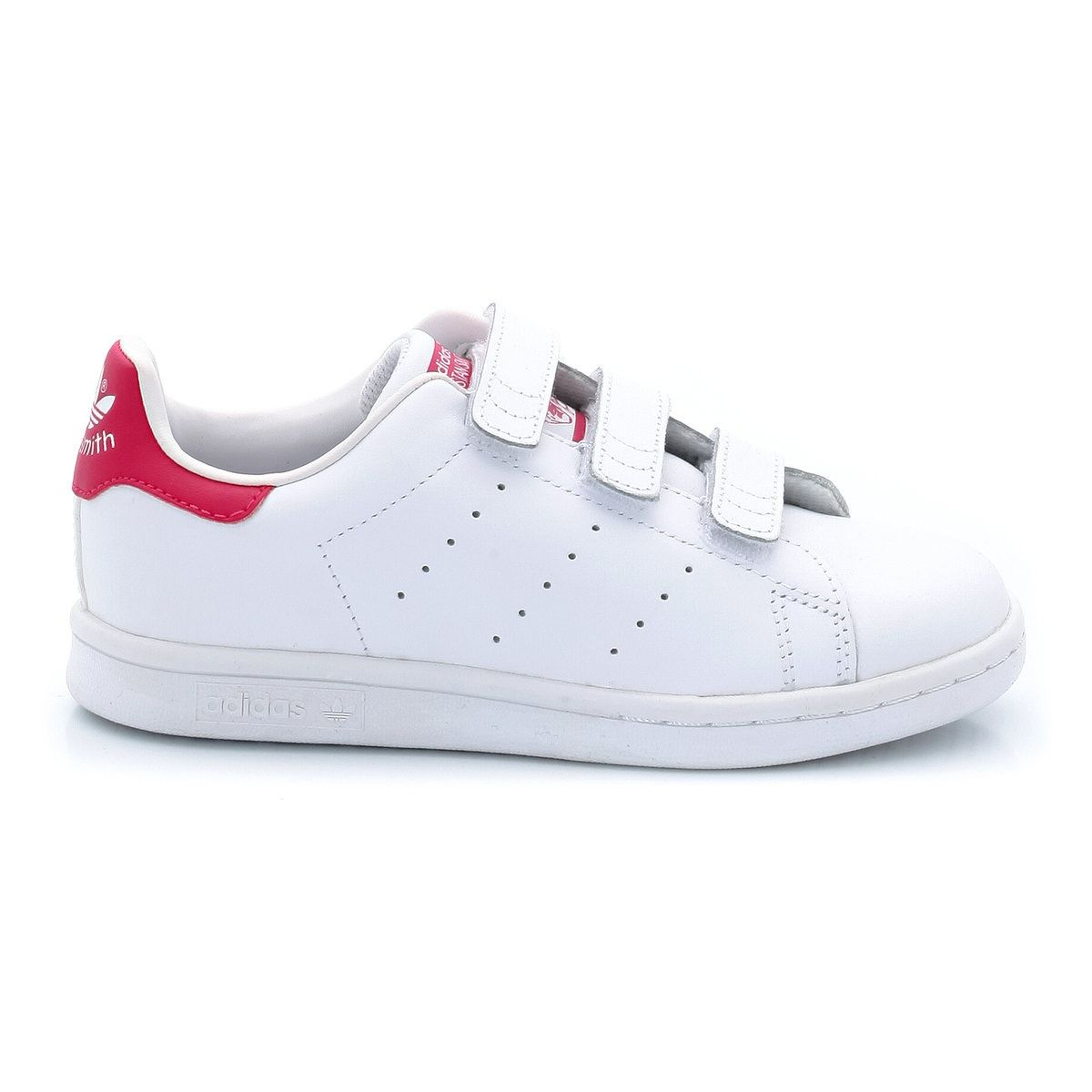 Product details•sports shoes•flat heel•fastening : touch 'n' close•smooth finishfabric content and care advice•uppers : 100% leather•lining : 100%  textile•cushioning : 100%  textile•sole : 100% rubbercreated in 1971 for the tennis star, stan smith, this shoe with its clean lines has made a strong impression on the history of fashion. Its low-top upper in soft, supple leather, its 3 perforated stripes and its tone-on-tone sole have made it into an iconic, much loved sneak