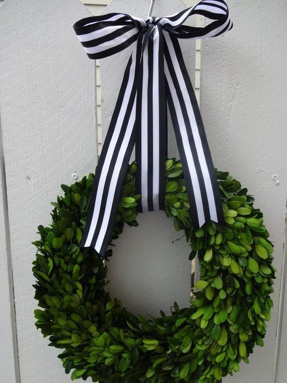 Photo of Knitting and crocheting  #boxwood #Wreaths boxwood Wreaths, homemade Wreaths, Wr…