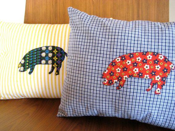 Pig Pillow  Pig Applique Throw Pillow  Vintage by jujugirldesign, $23.50