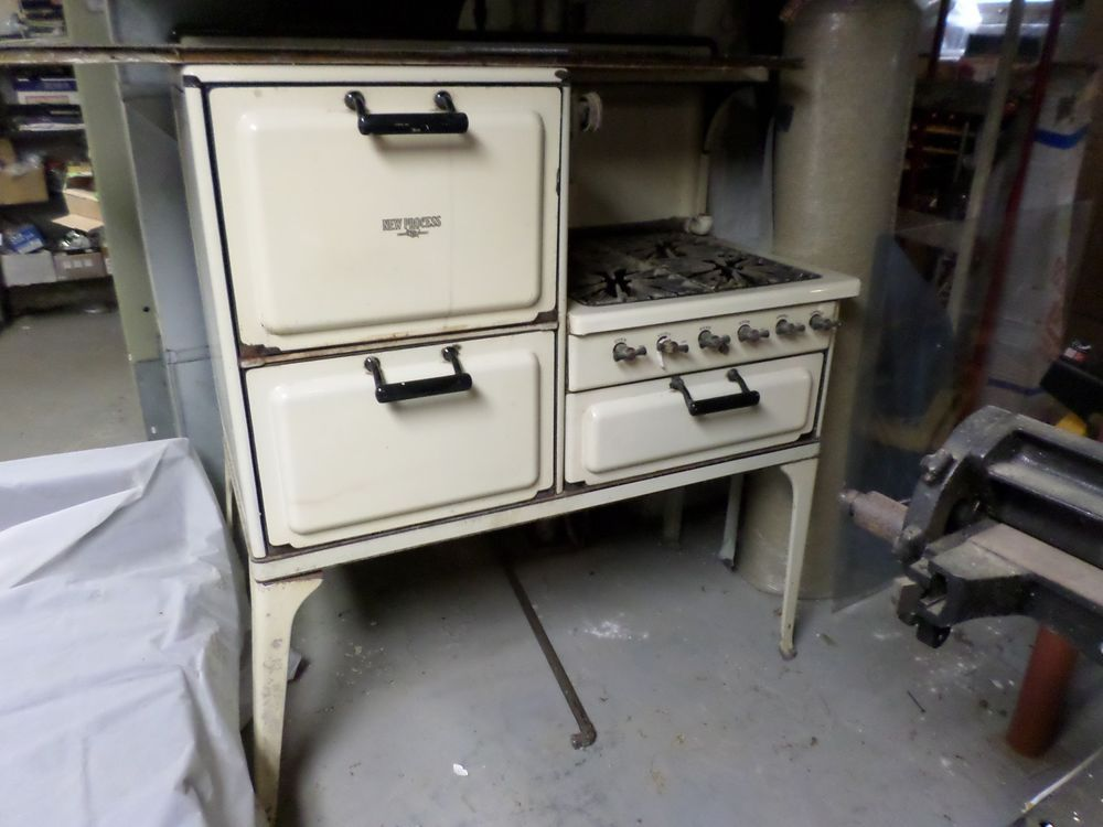 Super Antique new process gas stove 4 burners, oven, storage ,original  NA52