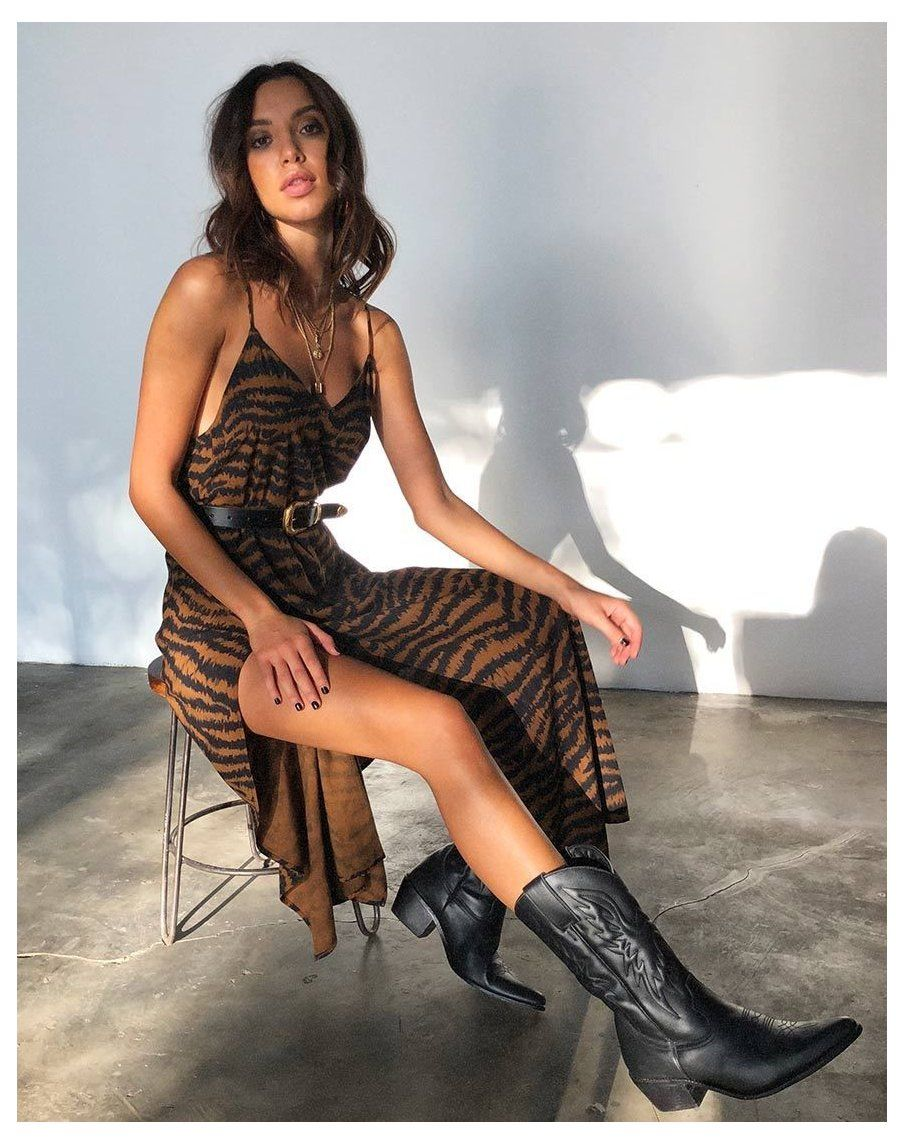 Hime Maxi Dress In Animal Drip Brown Cowboy Boots Women Outfits Dresses Cowboybootswomenoutfitsdress In 2021 Clothes For Women Fashion Cowboy Boots Women Outfits [ 1144 x 904 Pixel ]
