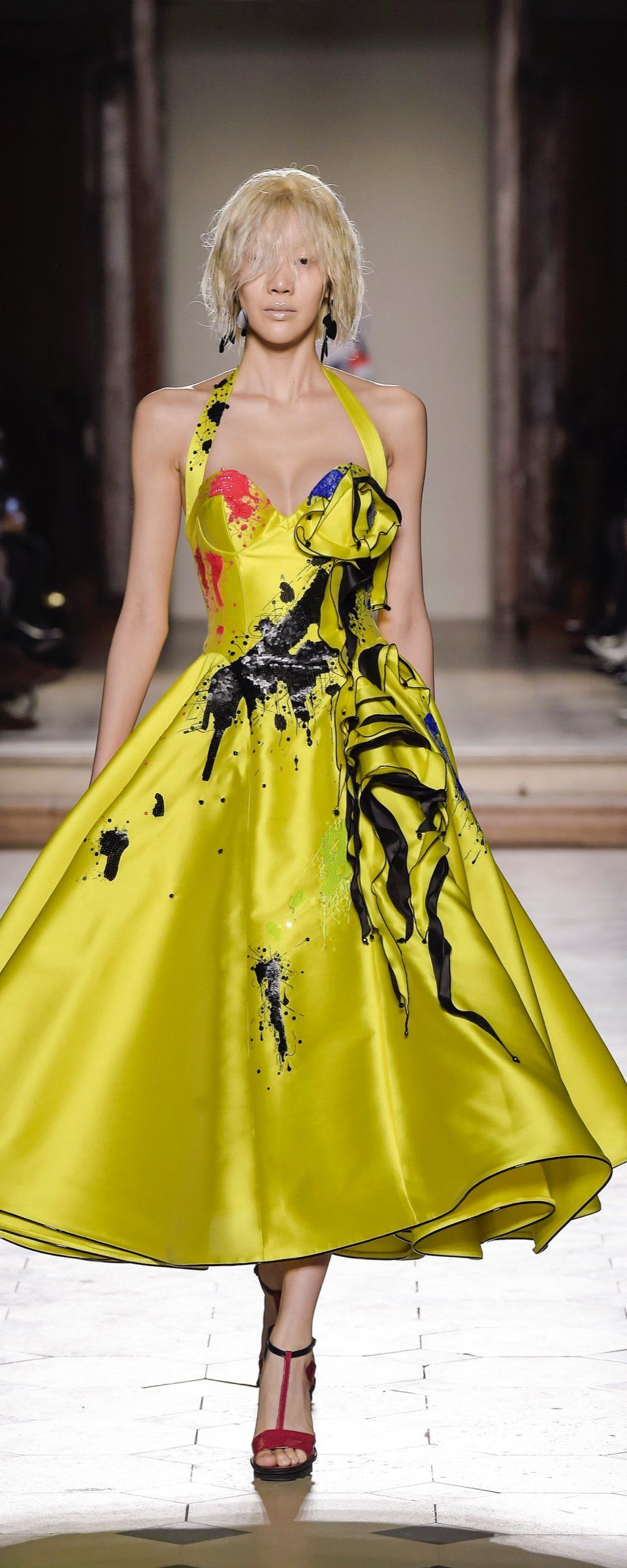 Julien fourni s s 2017 official pictures couture for Haute official