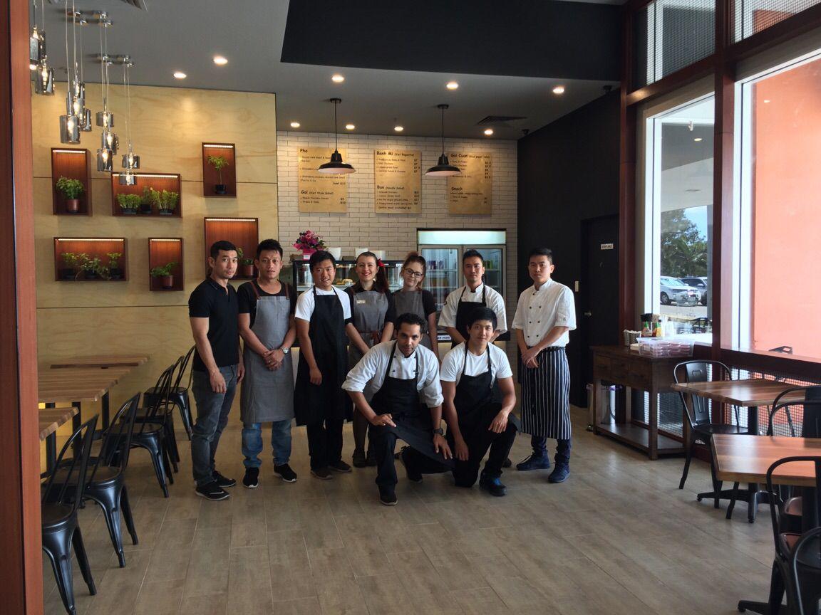 Viet Taste - Opening crew