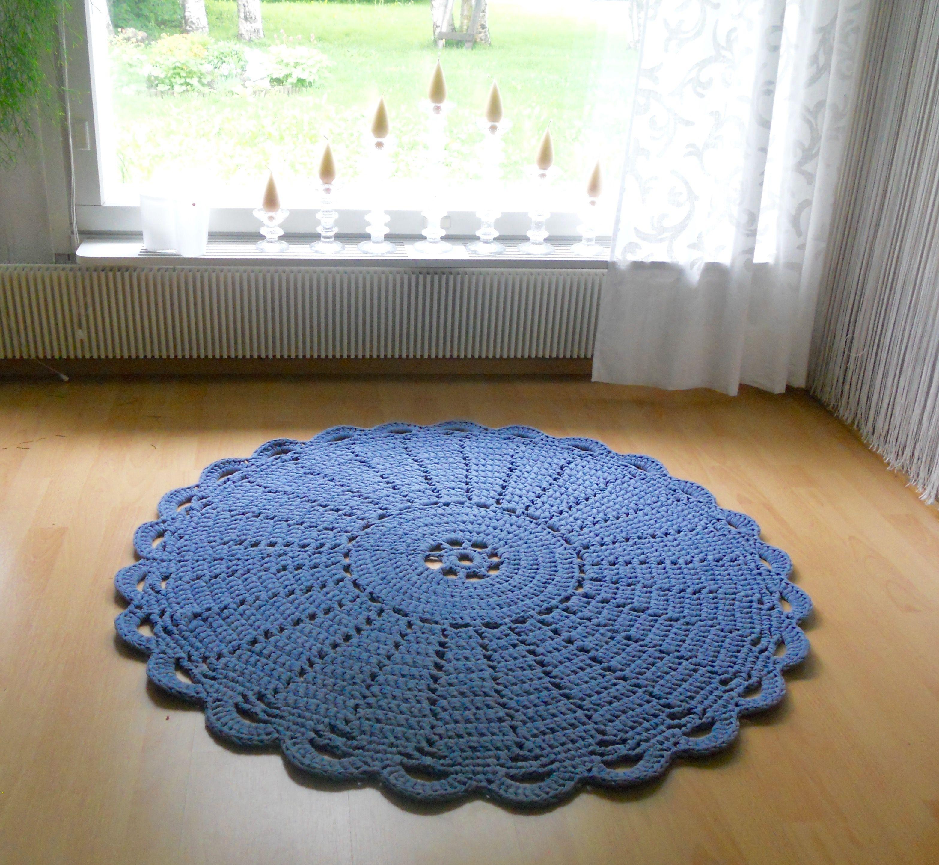 Juhannusruusu - carpet