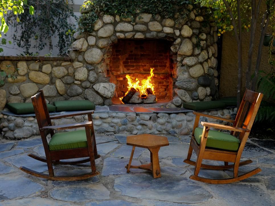 Cozy Outdoor Seating Area And Fireplace Rustic Patio Outdoor Fireplace Outdoor Seating Areas