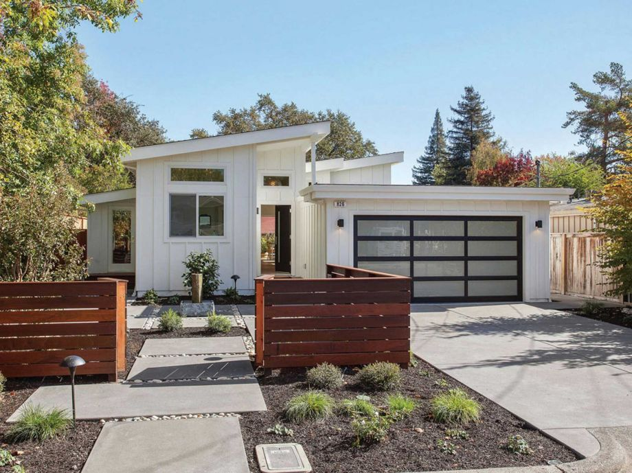 Midcentury modern in sonoma has lush backyard open floor for Mid century modern home builders
