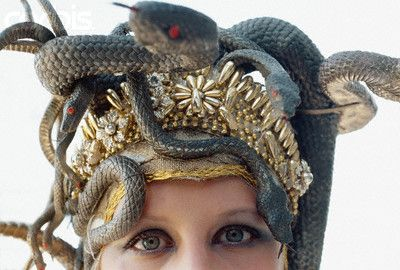 Idea for my Medusa costume.   From creepy cupcakes blog